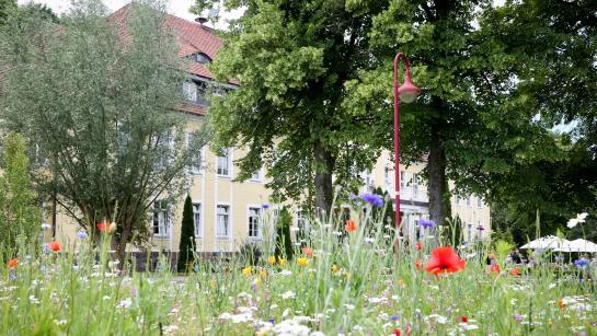 Schloss Wulkow – perfekter Feierort für eine romantische Hochzeit