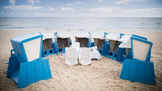 Trauung unter freiem Himmel am Strand, Engel 07 –Hochzeitsplaner Berlin