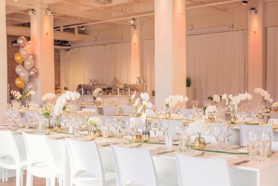 Festliche Tischdekoration für Hochzeit in Berlin