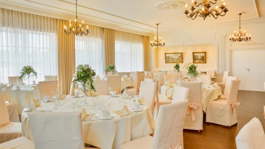 Kleiner Festsaal in der Hochzeitslocation