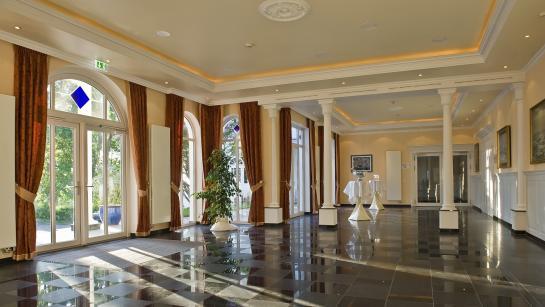Foyer Bernsteinpalais Hotel Hanseatic Rügen & Villen, Engel 07 –Hochzeitsplaner Berlin